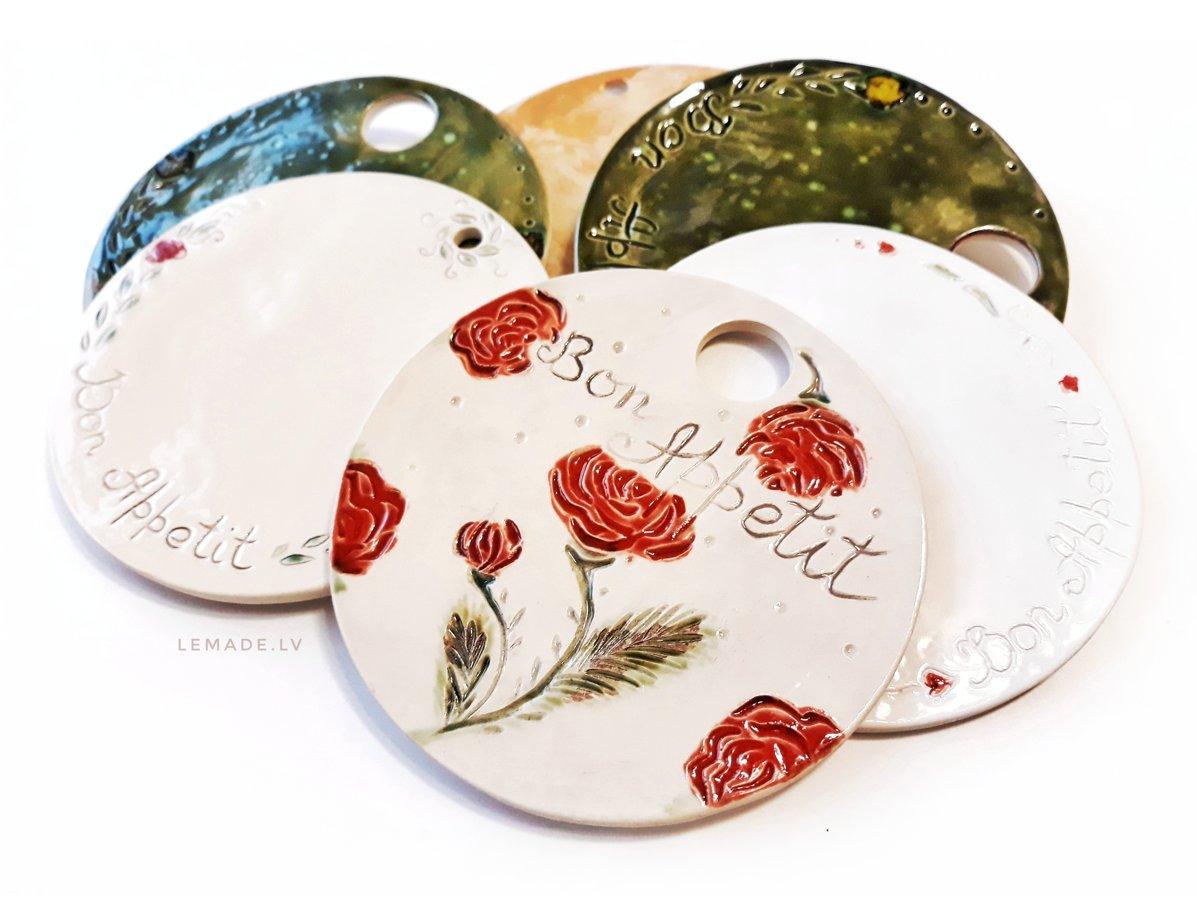"""Terrakotas """"Bon Appetit"""" keramikas virtuves dēlītis"""