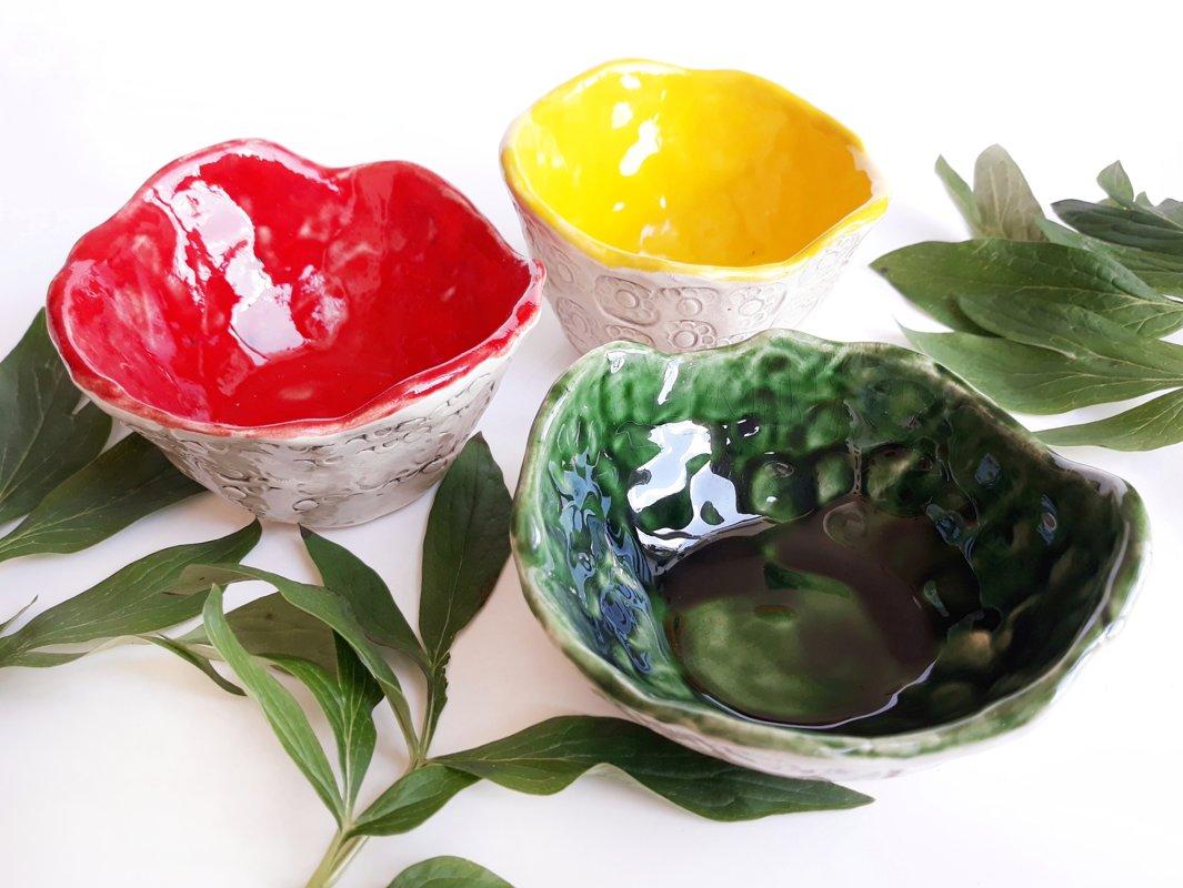 Colorful mini-bowls