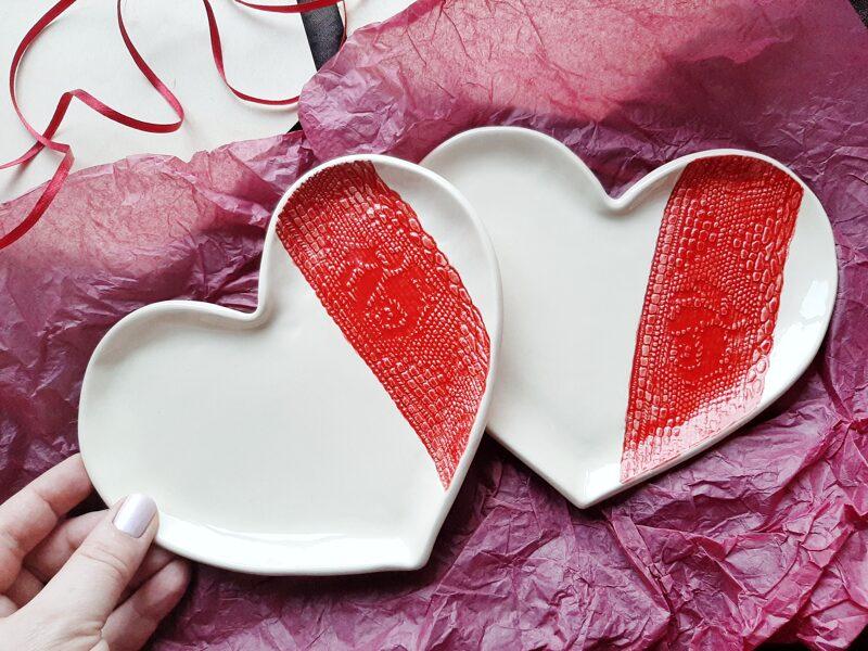 Šķīvis sirds formā