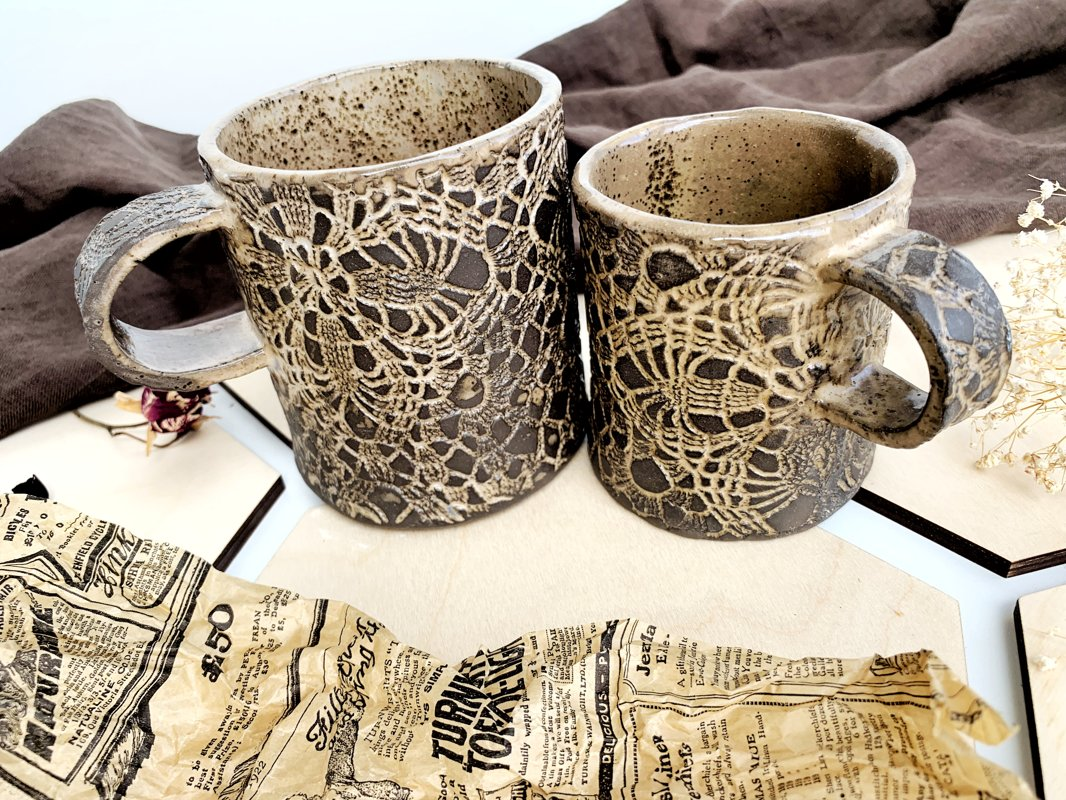 Mugs ''Chocolate lace''